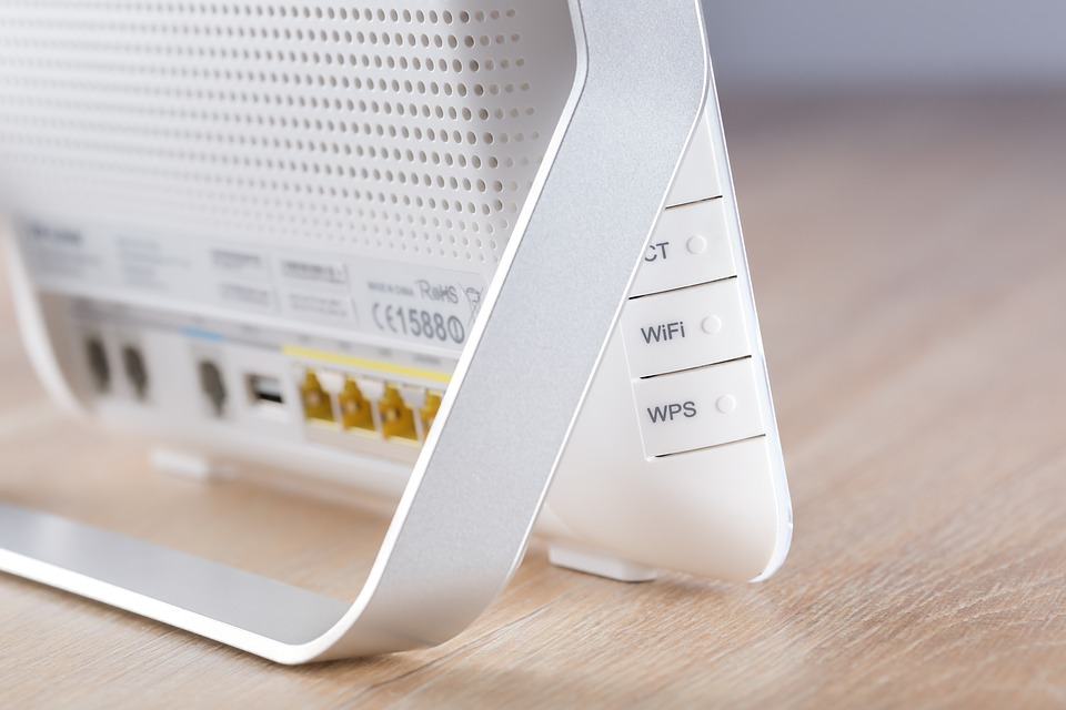 Key Differences Between Routers and Modems